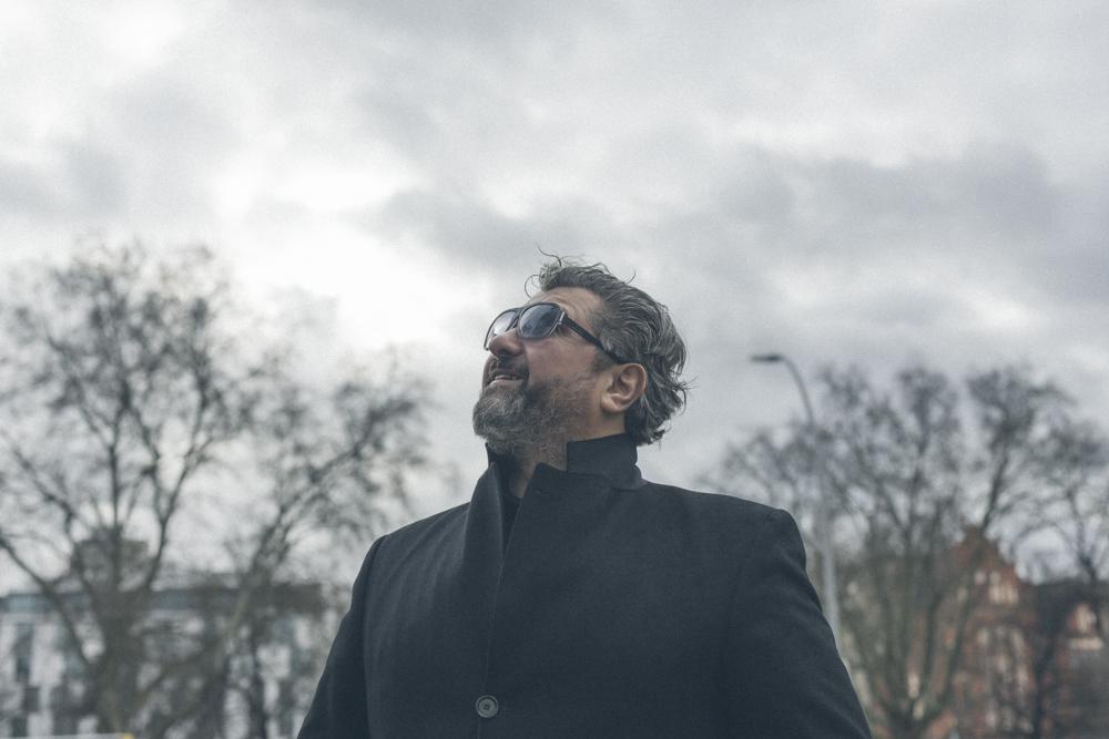 Aykut Kayacik Portrat am Savignyplatz