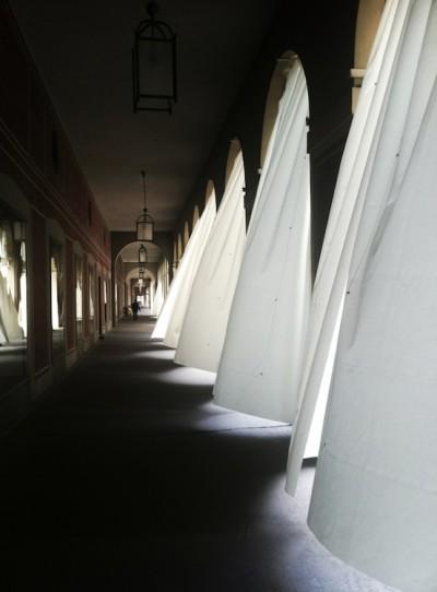 Ayzit-Bostan-and-Gerhardt-Kellermann-REPLIKA-Arcades-of-the-Hofgarten-Munich-copie